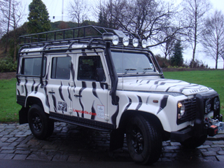 Protection & Performance external roll cage and flat base roof rack on Land Rover Defender 110